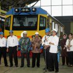 Perpanjang Kerjasama, INKA dan ITS Jajaki Pengembangan Kereta Trem