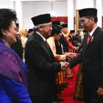 Jokowi Lantik 17 Dubes RI