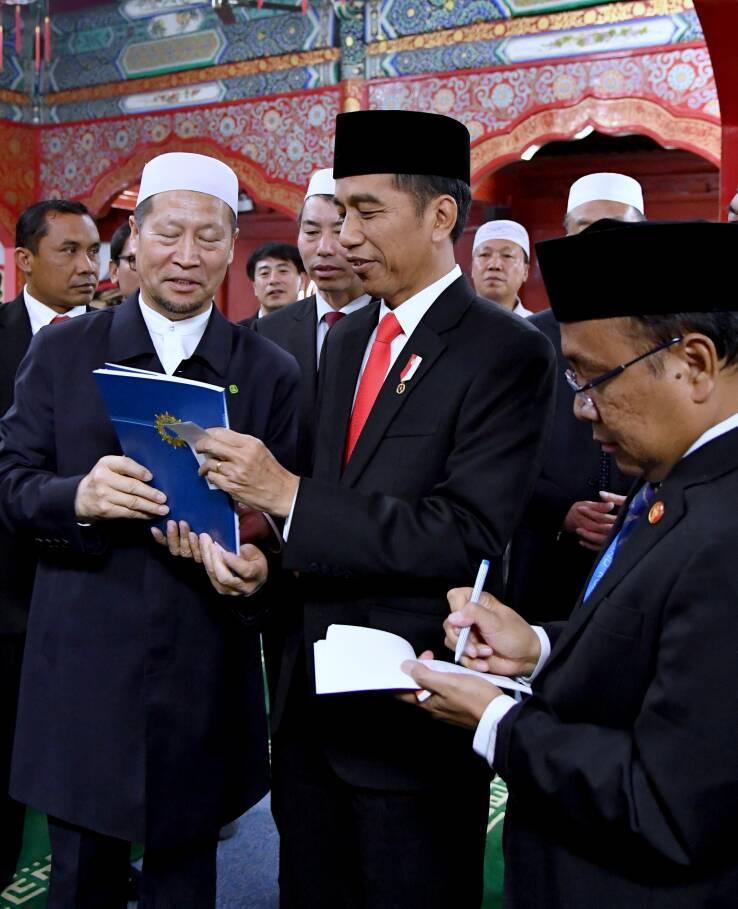 Jokowi Apresiasi Imam Masjid Niujie Tiongkok