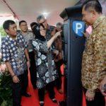 Uang Elektronik Untuk Parkir Meter Resmi Dioperasikan di Surabaya