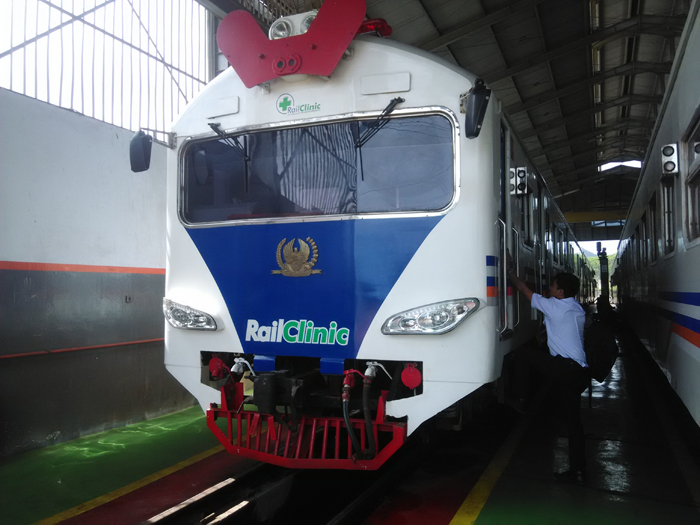 KAI Daops 9 Jember Siagakan Kereta Rail Clinic untuk Korban Letusan Gunung Agung