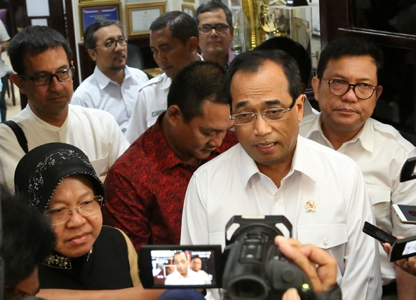 Menteri Perhubungan Anggap Jawa Timur Mampu Atasi Polemik Transportasi On Line