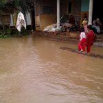 Ponorogo Dilanda Banjir, BPBD Distribusikan Bantuan