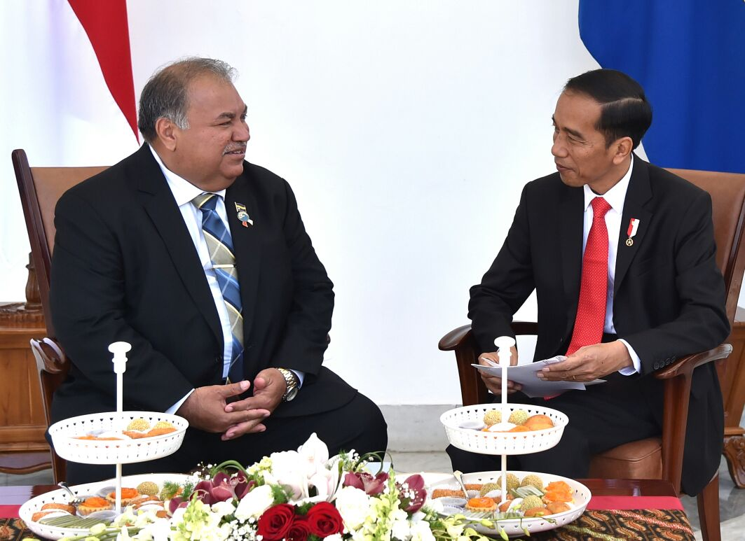 Presiden Jokowi Bahas Perubahan Iklim dengan Presiden Nauru
