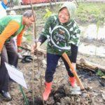 Wali Kota Surabaya Resmikan Hutan Kota di Lontar