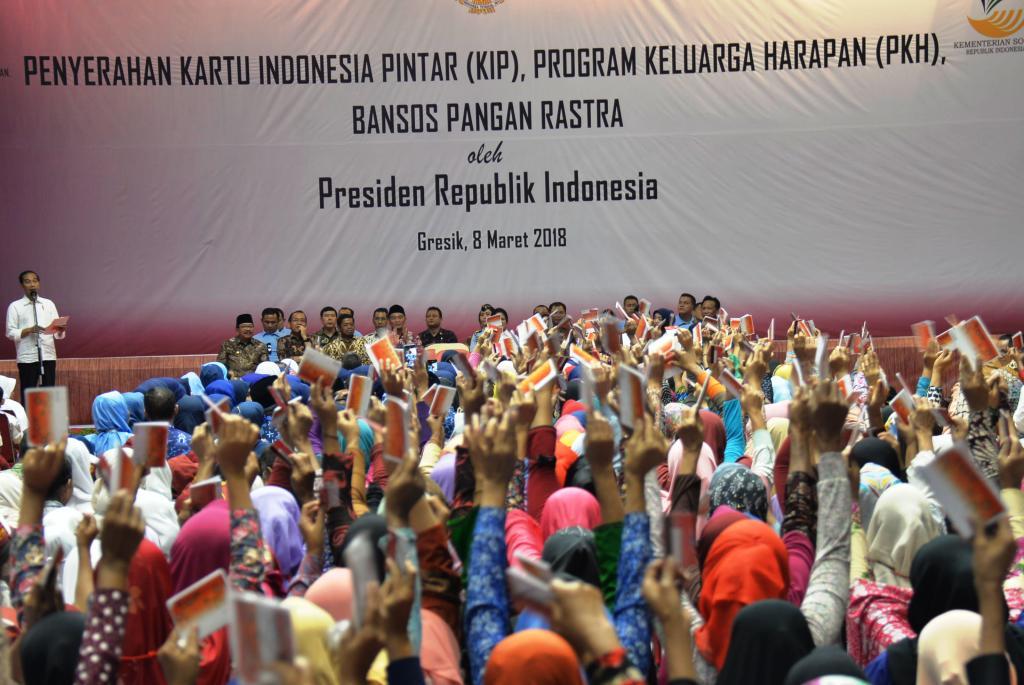 Presiden Jokowi Kunjungan Kerja di Gresik dan Lamongan