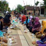 Ribuan Ketupat Meriahkan Festival Kupat Di Ponorogo