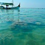 Melihat Eksotisnya Pantai Gili Labak di Sumenep