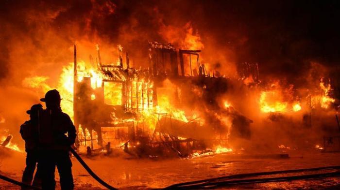 276 Kasus Kebakaran Terjadi di Surabaya