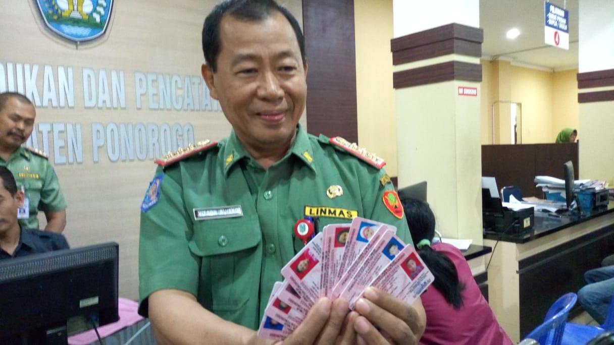 Ponorogo Siap Lakukan Pencetakan Kartu Identitas Anak