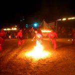 Peringati Hari Santri Nasional, Sejumlah Pendekar Mainkan Sepak Bola Api
