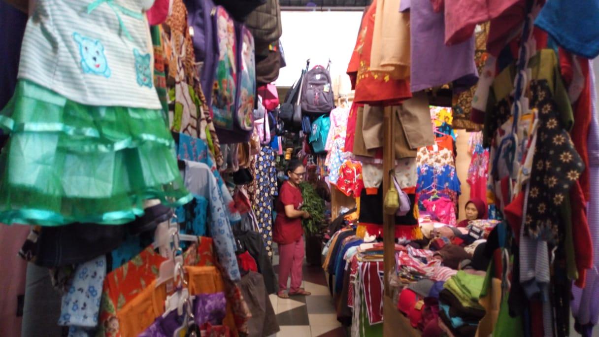 Pedagang Pasar Legi Ponorogo Minta Kepastian Waktu Relokasi
