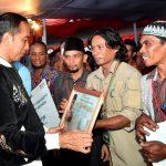 Presiden Jokowi Serahkan SK Perhutanan Sosial untuk Masyarakat Jawa Barat