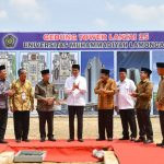 Presiden Jokowi Letakkan Batu Pertama Pembangunan Tower Unmuh Lamongan