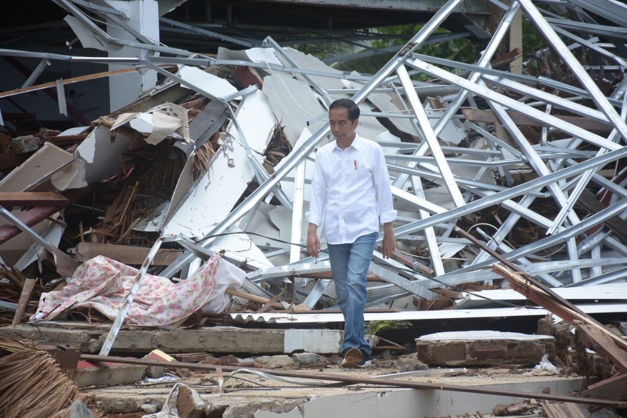 Presiden Jokowi Tinjau Lokasi Terdampak Tsunami Selat Sunda
