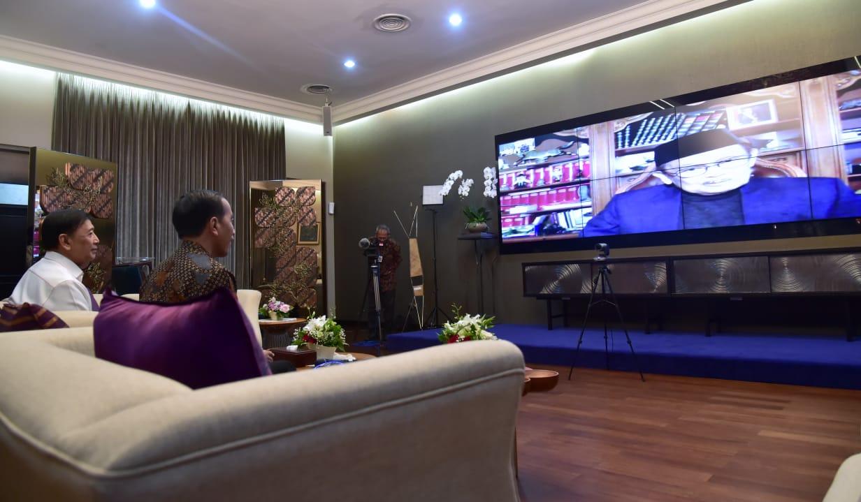 Presiden Jokowi Bahas SDM dengan BJ Habibie