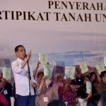 Presiden Serahkan 6000 Sertipikat Tanah di Garut