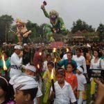 Pembakaran Ogoh Ogoh Warnai Peringatan Nyepi di Madiun
