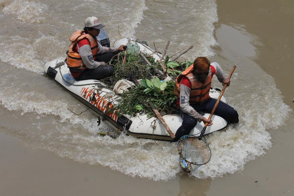 Pemkot Surabaya Fokus Kurangi Pembuangan Limbah Langsung ke Sungai