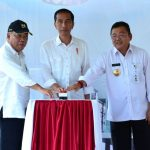 Jokowi Resmikan Pos Lintas Batas di Kalimantan Barat