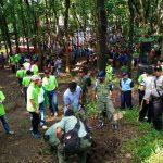 Warga Kota Kediri Tanam Ribuan Pohon di Lereng Gunung Wilis