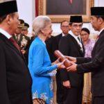 Sambut HUT RI ke-72, Presiden Jokowi Anugerahkan Sejumlah Tanda Kehormatan