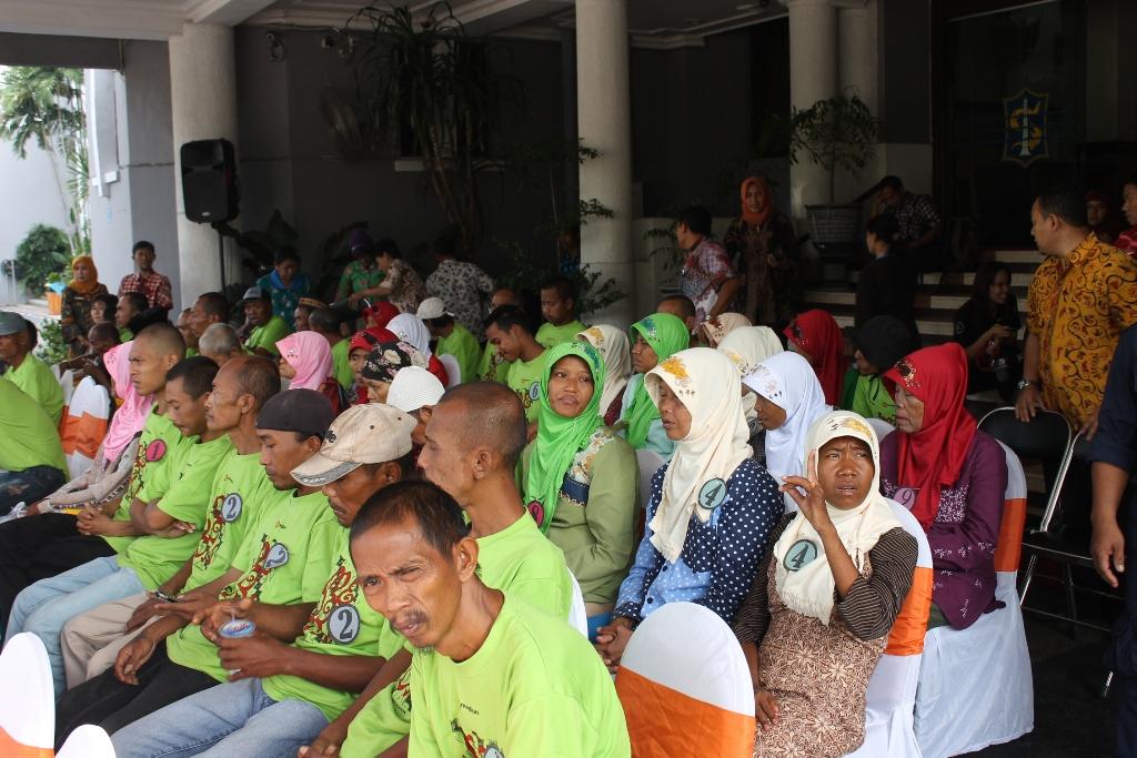 Pemkot Surabaya Pulangkan 83 PMKS ke Daerah Asal