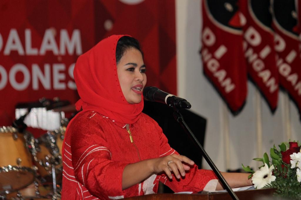 Hadiri Perayaan Natal PDI Perjuangan Jatim, Puti Ajak Jadi Agen Perdamaian dan Kebhinnekaan