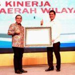 Banyuwangi Terima Penghargaan Pengelola SAKIP Terbaik dari Menteri PAN-RB