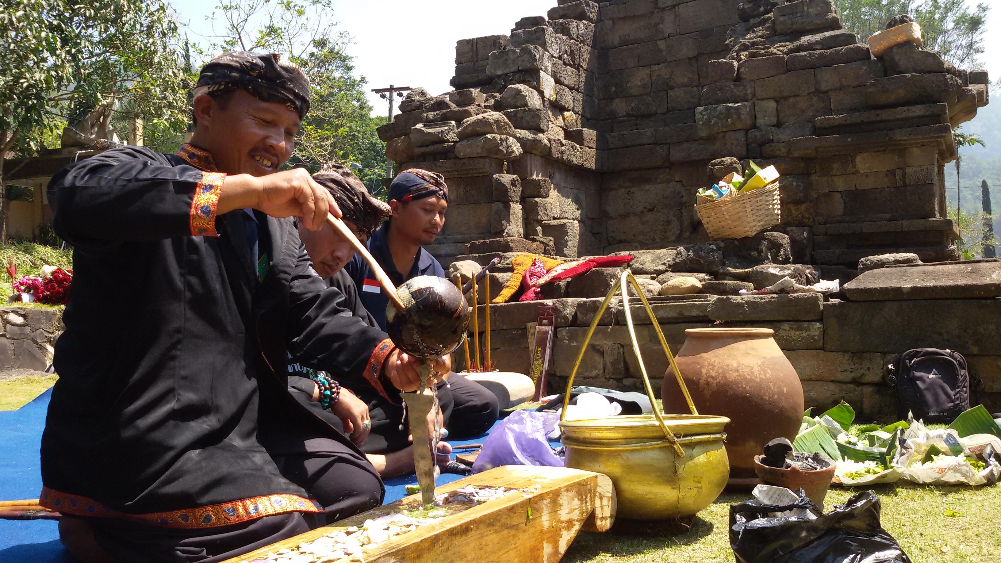 Jamasan Pusaka, Lestarikan Budaya Jawa
