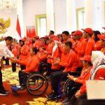Presiden Jokowi Bertemu Atlet Asian Para Games dan Bagikan Bonus