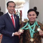 Presiden Jokowi Sampaikan Apresiasi Atas Prestasi Lifter Eko Yuli Irawan