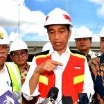 Presiden Jokowi Tinjau Pembangunan Ruas Jalan Tol Trans Sumatera di Lampung