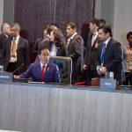 Presiden Jokowi Sampaikan Pandangan pada Leaders Retreat dan Working Lunch di Hari Kedua KTT APEC 2018
