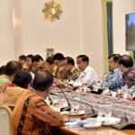 Presiden Jokowi Sebut Investasi dengan Insentif Harus Memperkuat Industri dan Ekonomi Nasional