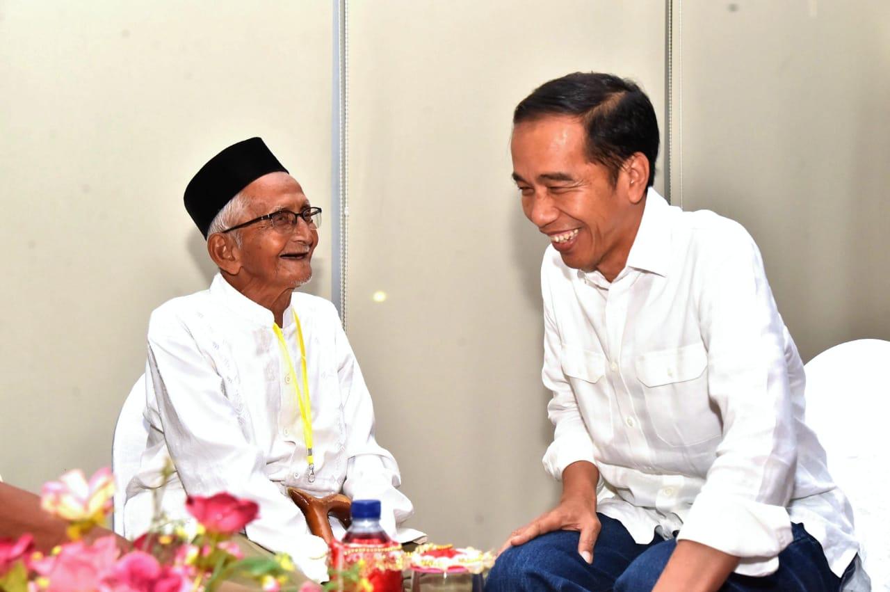 Nyak Sandang Kembali Berjumpa Presiden