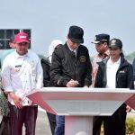 Presiden Resmikan 4 Ruas Jalan Tol Trans Jawa di Jawa Timur