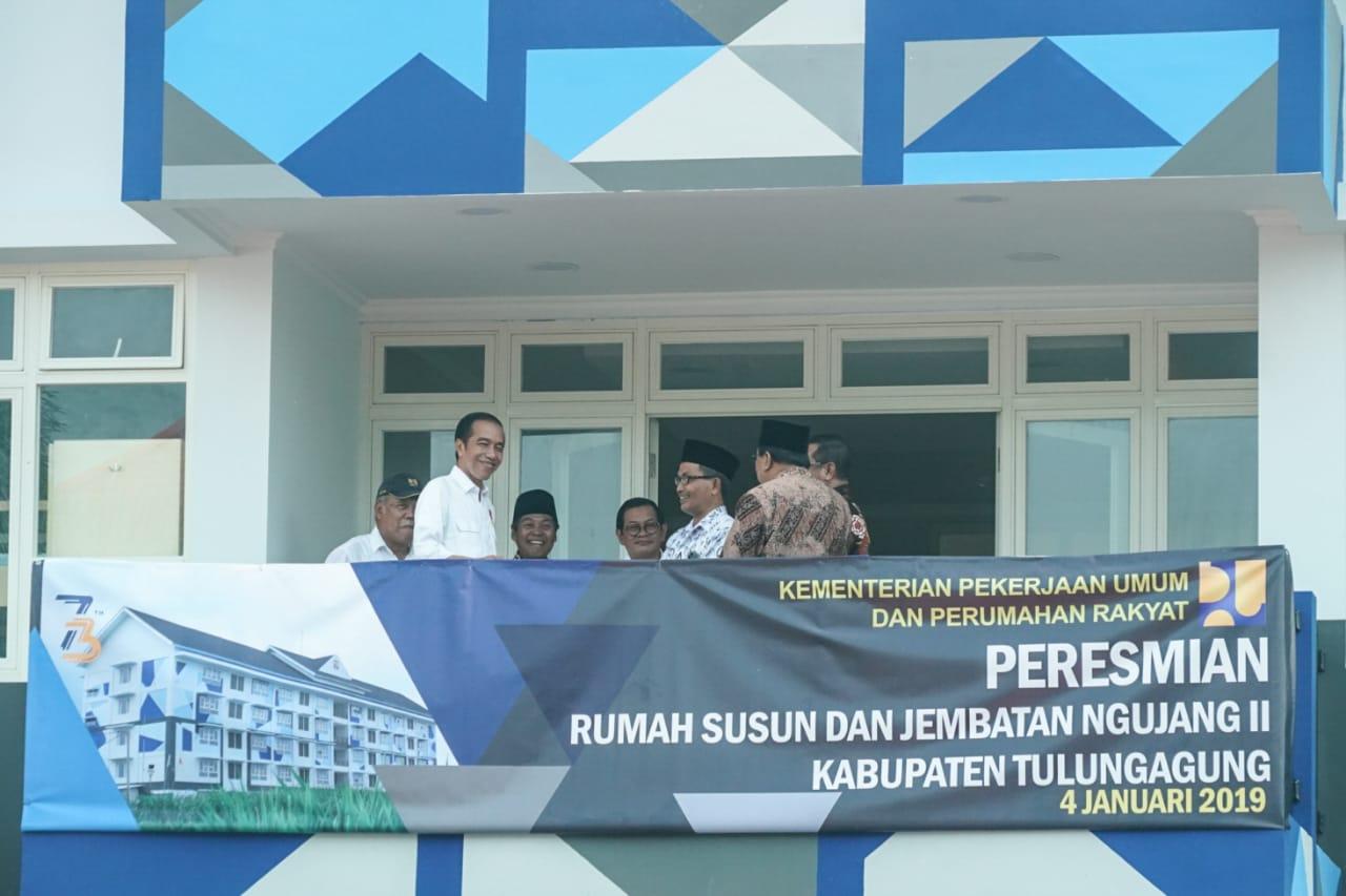 Presiden Jokowi Resmikan Rusun hingga Jembatan di Tulungagung