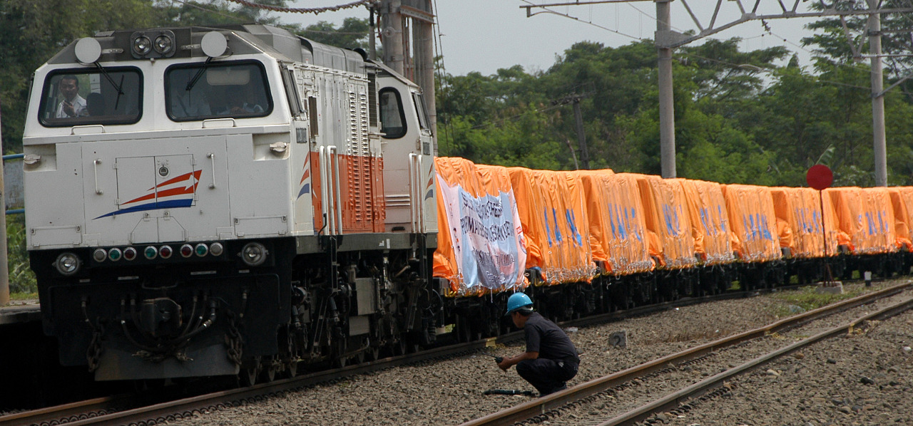 Diskon 17 Persen untuk Tarif Angkutan Rail Express