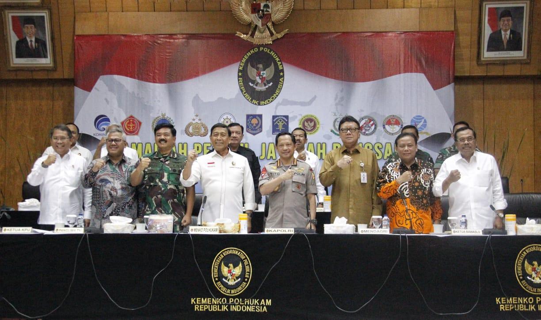 Instruksi Menko Polhukam Kepada Aparat TNI-Polri Jelang Pemilu 2019