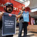 Peringati Hari Buruh, AJI Kediri Gelar Aksi Bungkam