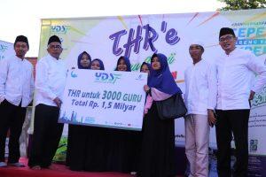 YDSF Berikan THR Kepada 3.000 Guru Ngaji