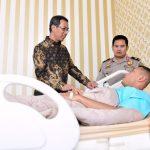 Kasetpres Heru Budi Hartono Wakili Presiden Sambangi RS Polri