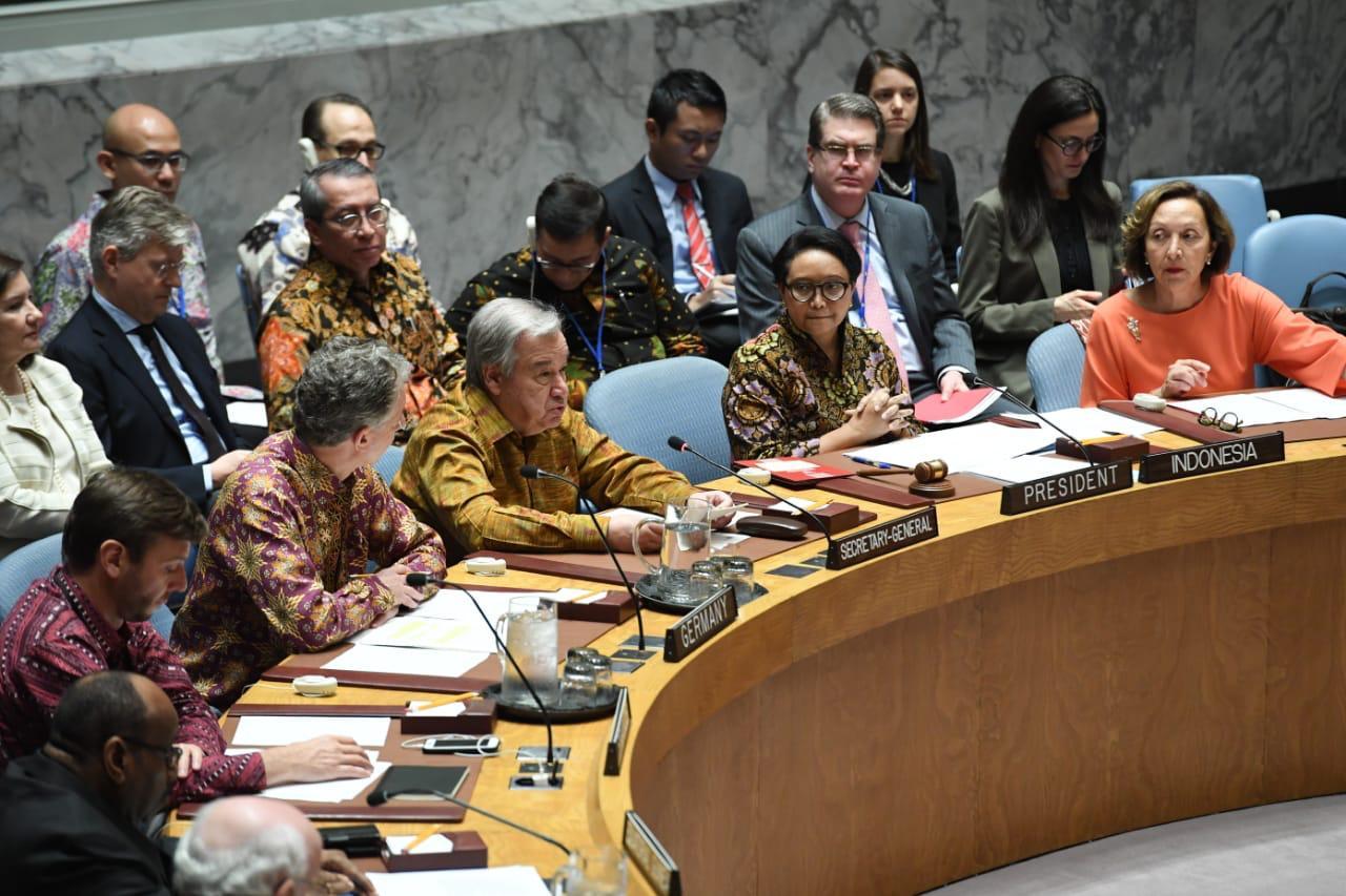 Batik dan Tenun Warnai Sidang Dewan Keamanan PBB