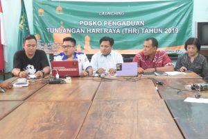 325 Orang Melapor ke Posko THR LBH Surabaya