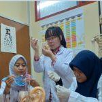 Tiga Mahasiswa UNAIR Manfaatkan Teknologi 3D Printing untuk Mengatasi Spinal Tuberculosis
