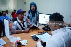 Ratusan Orang Tua Pendaftar PPDB SMPN, Datangi Dispendik Surabaya