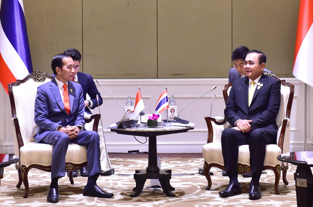 Presiden Adakan Pertemuan dengan PM Thailand