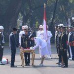 Presiden Lantik 781 Perwira TNI dan Polri 2019