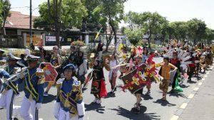 Ubaya Heritage Carnival Ramaikan HUT ke-74 Republik Indonesia